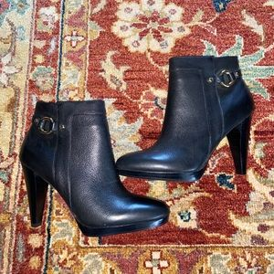 Banana Republic black leather ankle high booties